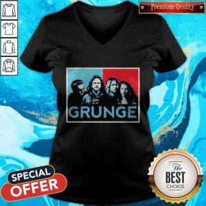 Nice Grunge Seattle Sound Quotes V-neck