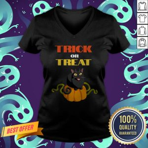 Trick Or Treat Funny Pumpkin Cat Halloween V-neck
