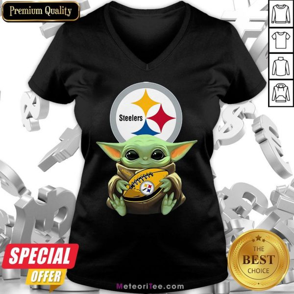 Awesome Baby Yoda Steelers Hug Rugby V-neck