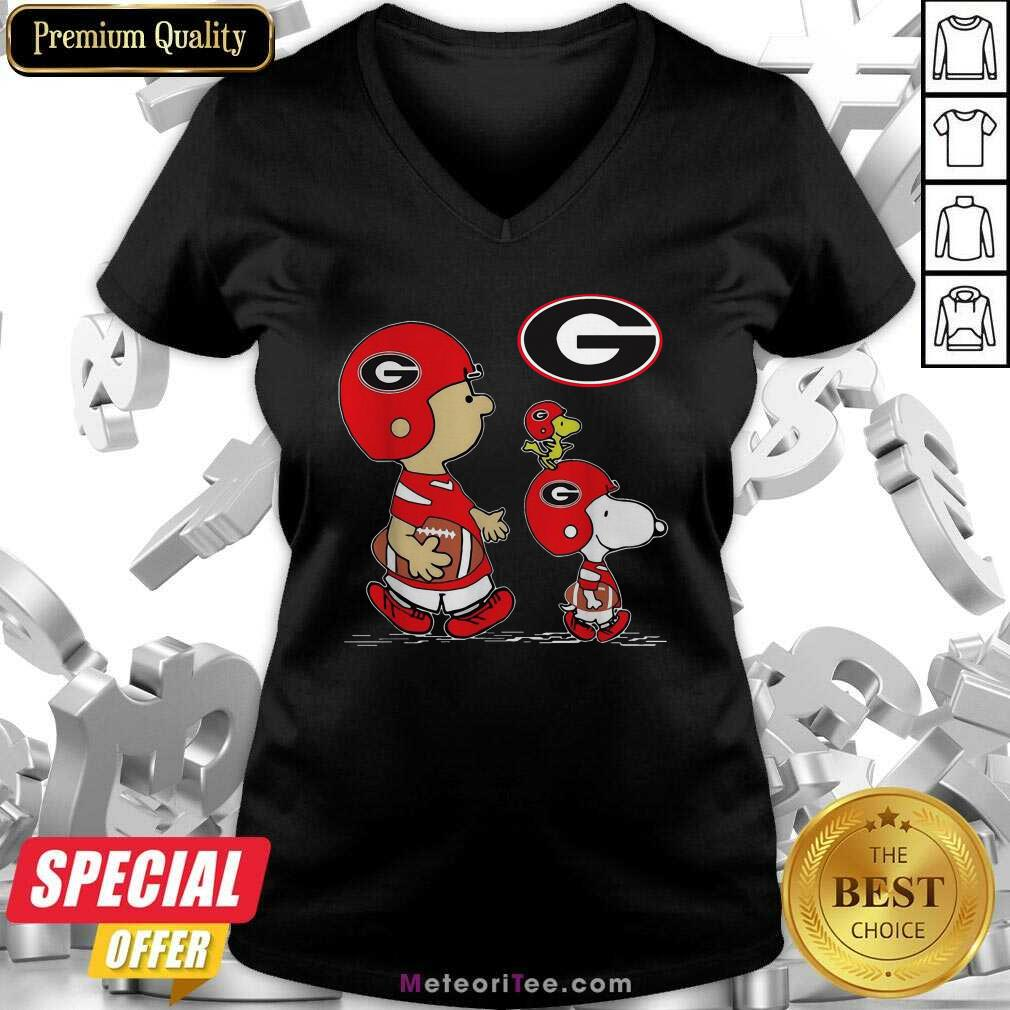 The Peanuts Charlie Brown And Snoopy Woodstock Georgia Bulldogs Football V-neck - Design By Meteoritee.com