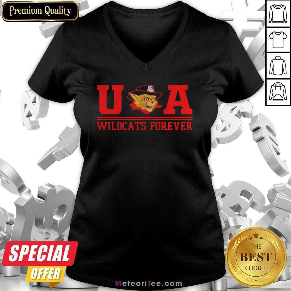Ua Wildcats Forever Association Hat Black V-neck - Design By Meteoritee.com