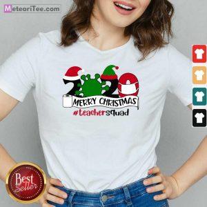 Merry Christmas 2020 Santa Elf Coronavirus V-neck - Design By Meteoritee.com