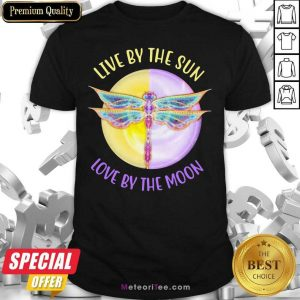 Live By The Sun Love By The Moon Shirt - Design By Meteoritee.com