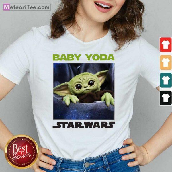 Baby Yoda Star Wars V-neck - Design By Meteoritee.com