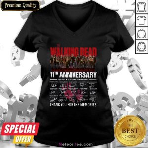 The Walking Dead 11th Anniversary Thank You For The Memories Signatures V-neck - Design By Meteoritee.com