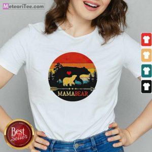 Mama Bear Vintage Sunset V-neck - Design By Meteoritee.com