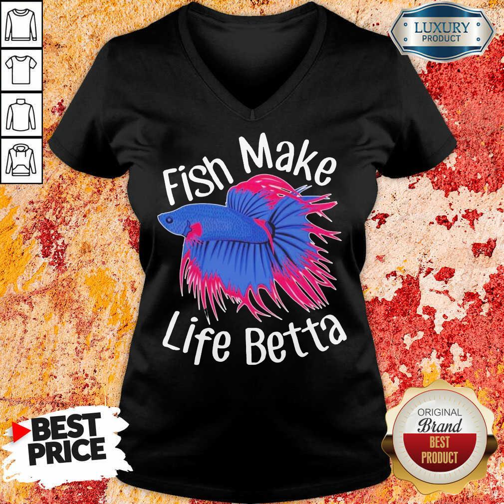 Bewildered Fish Make 4 Life Betta V-neck - Design by Meteoritee.com